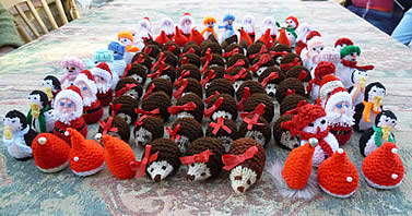 Christmas Knitting Patterns For Ferrero Rocher.Stitchers Craft Day News Pictures Helmdon Parish Council
